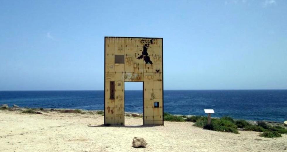 980x520-LampedusaDoor
